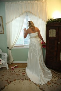 The Secret Garden bride's room photo.
