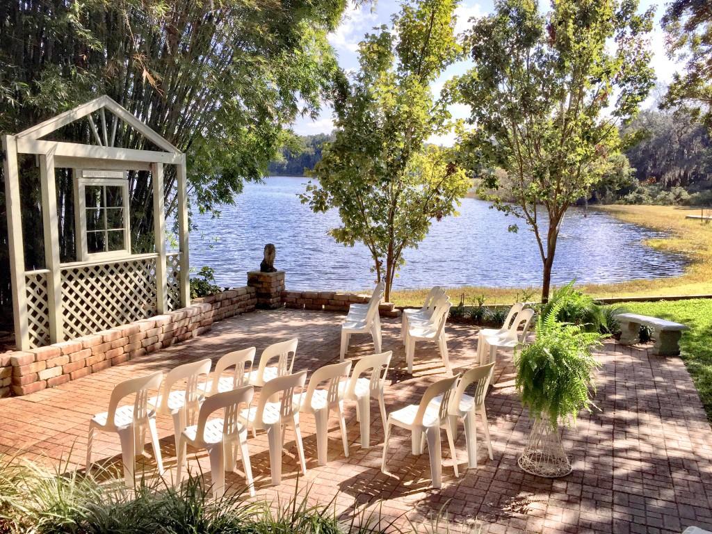 Secret Garden Orlando wedding  with Dave and Sara